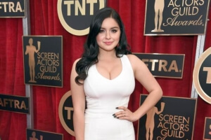 From FF to DD: 'Modern Family' Star Ariel Winter Talks Breast Reduction