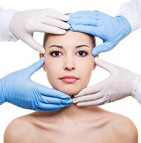 3 Useful Tips for Avoiding Botched Plastic Surgery