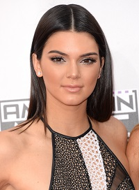 Nose Job Redux: More Plastic Surgery for Kendall Jenner